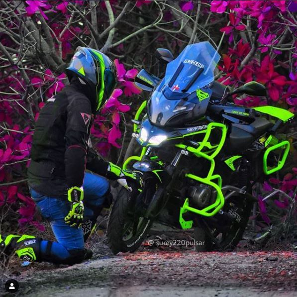 pulsar 220 crash guard